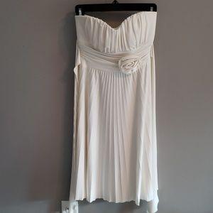 Women knee length off white dress